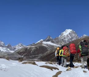 Everest Base Camp vs Annapurna Base Camp Trek
