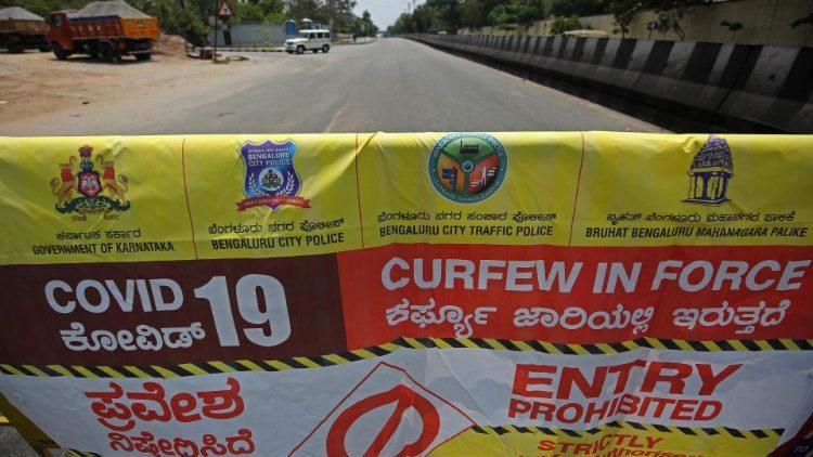 Somewhere in Karnataka Peoples are Looking for Help